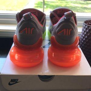 Nike Shoes - MENS NIKE AIR MAX 270